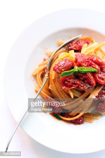 pasta al pomodoro - tomato pasta : Bildbanksbilder