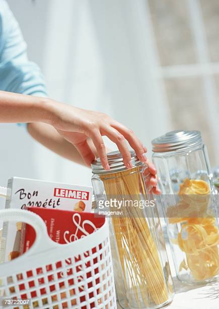 Pasta canister