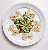 Pasta with morels and savoy cabbage