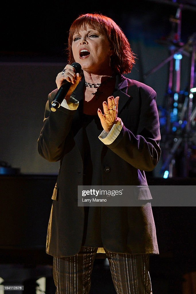Pat Benatar performs at Cruzan Amphitheatre on October 13, 2012 in West Palm Beach, Florida.