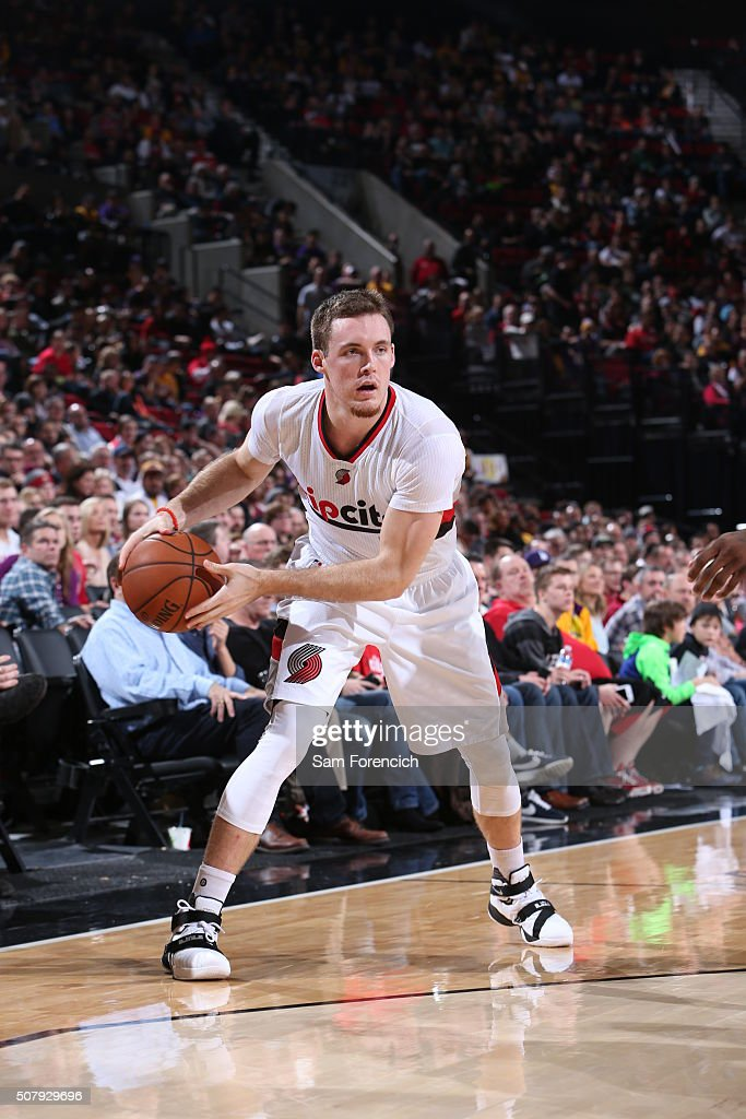 <a gi-track='captionPersonalityLinkClicked' href=/galleries/search?phrase=Pat+Connaughton&family=editorial&specificpeople=8664629 ng-click='$event.stopPropagation()'>Pat Connaughton</a> #5 of the Portland Trail Blazers handles the ball against the Los Angeles Lakers on January 23, 2016 at the Moda Center Arena in Portland, Oregon.
