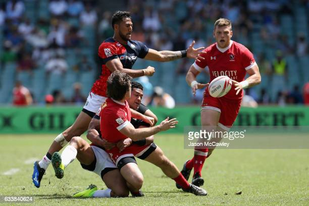 Pat Kay of Canada passes the ball during the Challenge Trophy Quarter Final match between Canada and Japan in the 2017 HSBC Sydney Sevens at Allianz...