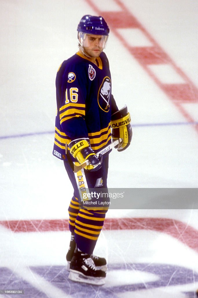 Pat LaFontaine #16 of the Buffalo Sabres looks on before a hockey game against the Washington Capitals on October 16, 1993 at USAir Arena in Landover, Maryland. The Capitals won 3-0.