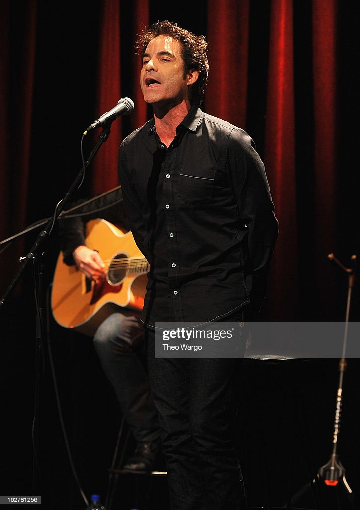 Pat Monahan performs during All For The Hall New York Benefiting The Country Music Hall Of Fame at Best Buy Theater on February 26, 2013 in New York City.