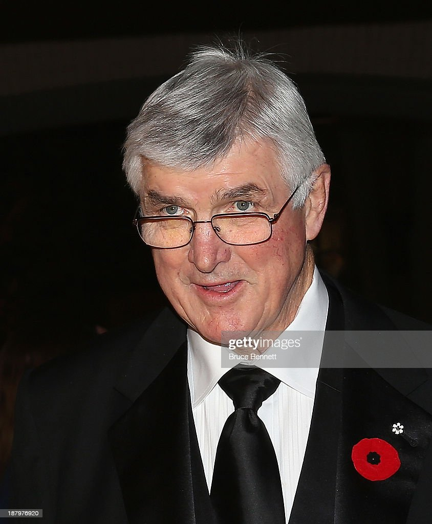 <a gi-track='captionPersonalityLinkClicked' href=/galleries/search?phrase=Pat+Quinn+-+Ice+Hockey+Coach&family=editorial&specificpeople=13670894 ng-click='$event.stopPropagation()'>Pat Quinn</a> walks the red carpet prior to the 2013 Hockey Hall of Fame induction ceremony on November 11, 2013 in Toronto, Canada.