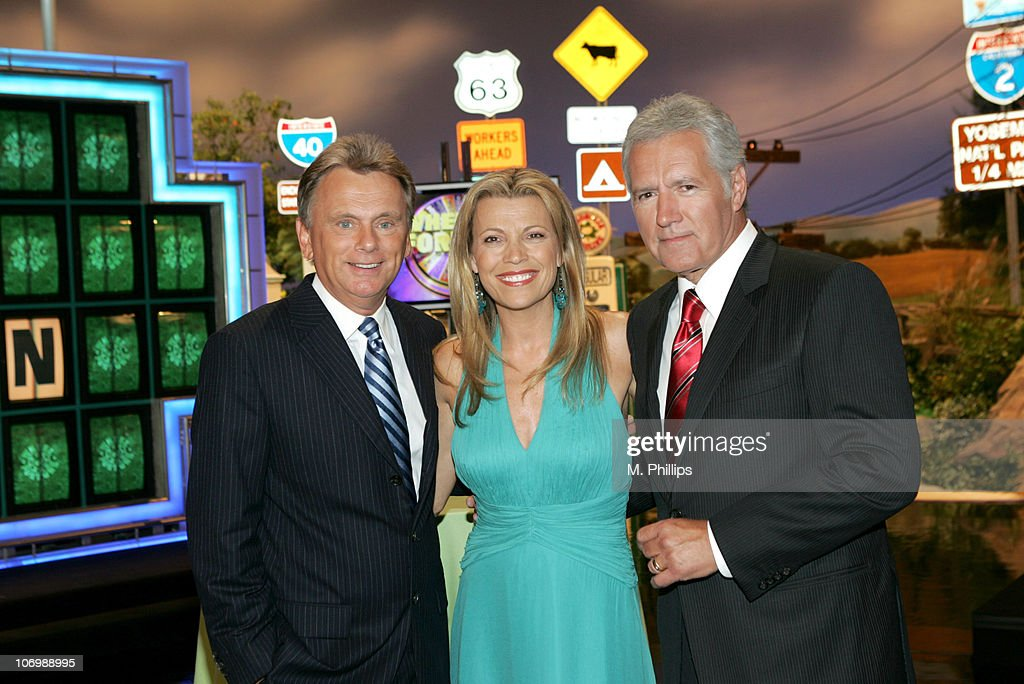 """Wheel of Fortune"" and ""Jeopardy!"" Celebrate the Switch to Sony HD with Alex"