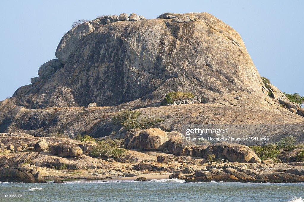 Patanangala rock of Yala