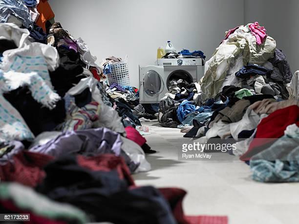 Weg durch mehrere Kleidung in Wäscherei