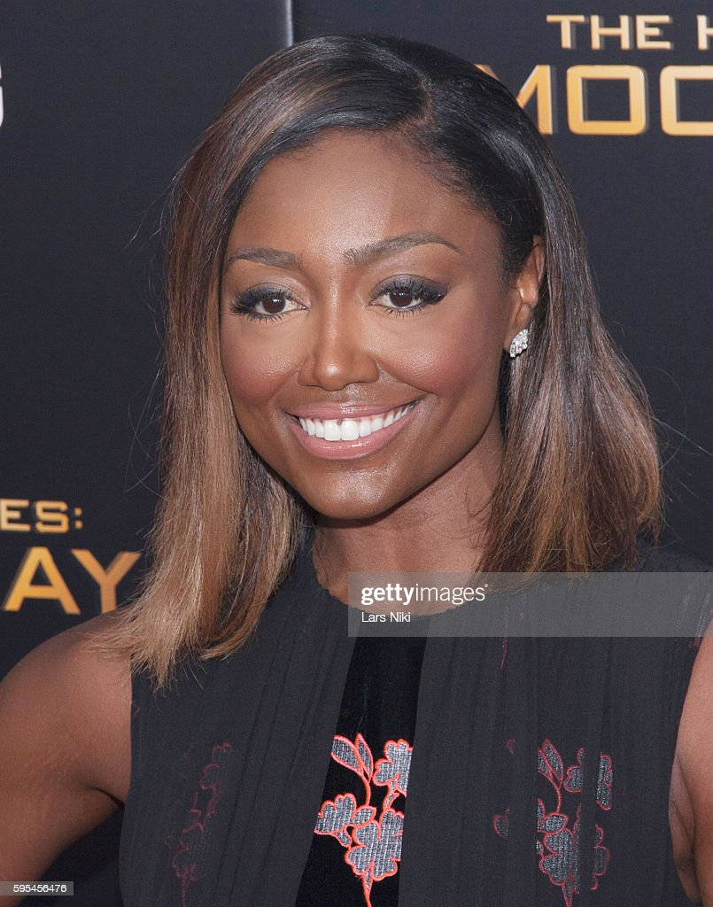 Patina Miller attends 'The Hunger Games Mockingjay Part 2' New York Premiere AMC Loews Lincoln Square 13 theater in New York City © LAN