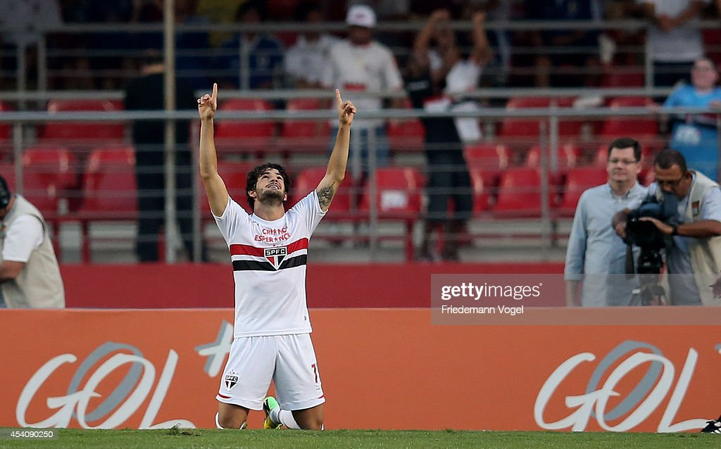 Pato of Sao Paulo celebrates scoring the second goal during the match between Sao Paulo and Santos for the Brazilian Series A 2014 at Estadio do Morumbi on August 24, 2014 in Sao Paulo, Brazil.