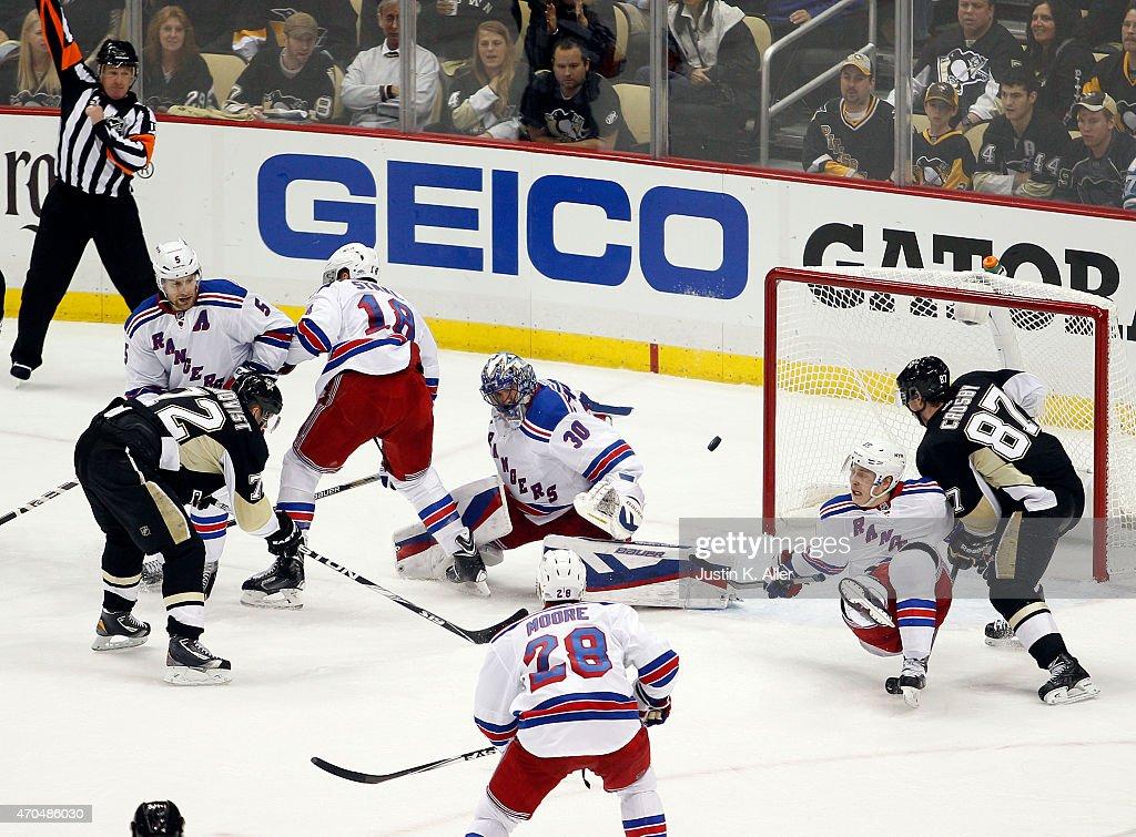 New York Rangers v Pittsburgh Penguins - Game Three