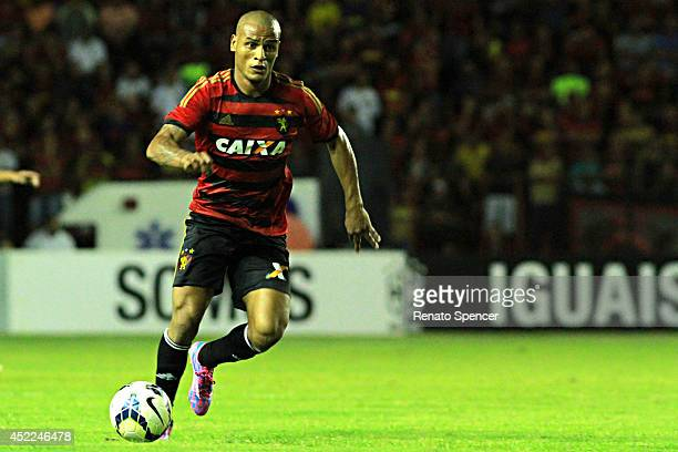 Patric of Sport Recife run with the ball during the the Brasileirao Series A 2014 match between Sport Recife and Botafogo at Ilha do Retiro Stadium...