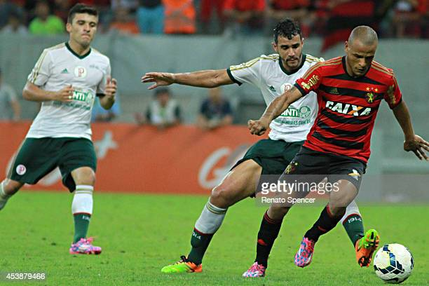 Patric of Sport Recife run with the ball during the the Brasileirao Series A 2014 match between Sport Recife and Palmeiras at Arena Pernambuco on...