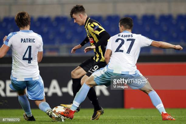 Patric of SS Lazio Mason Mount of Vitesse Luis Felipe Ramos Marchi of SS Lazio during the UEFA Europa League group K match between SS Lazio and...