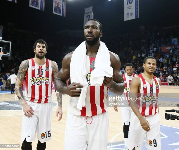 Patric Young #4 of Olympiacos Piraeus celebrates victory during the 2016/2017 Turkish Airlines EuroLeague Playoffs leg 4 game between Anadolu Efes...