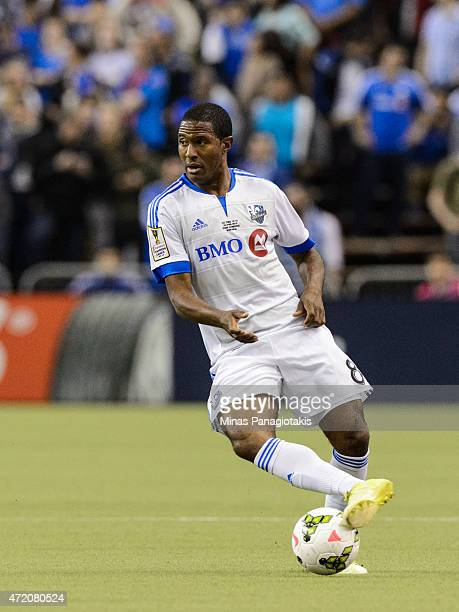Patrice Bernier of the Montreal Impact looks to play the ball in the 2nd Leg of the CONCACAF Champions League Final against Club America at Olympic...
