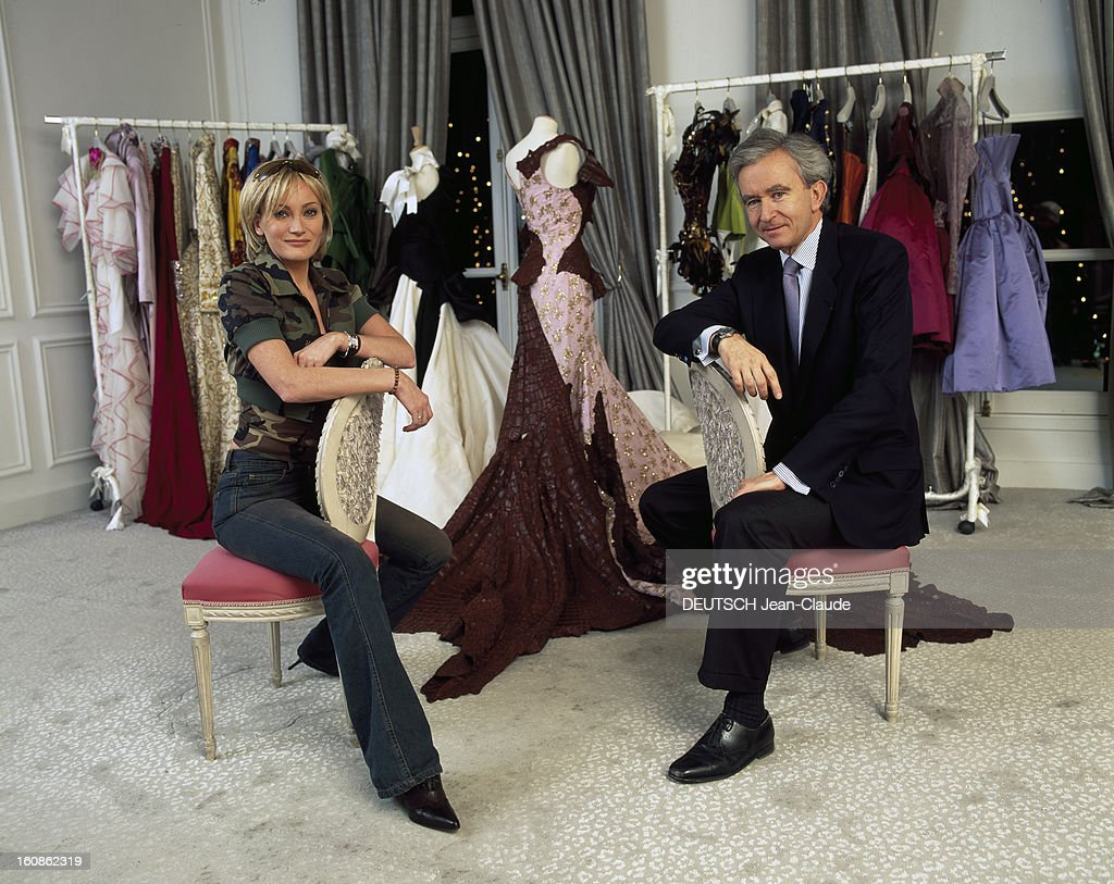 Bernard arnault getty images for Assis sur une chaise