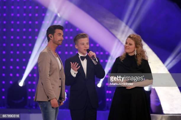 Patricia Kelly Iggy Kelly and Florian Silbereisen during the show 'Schlagercountdown Das grosse Premierenfest' at EWE Arena on March 25 2017 in...