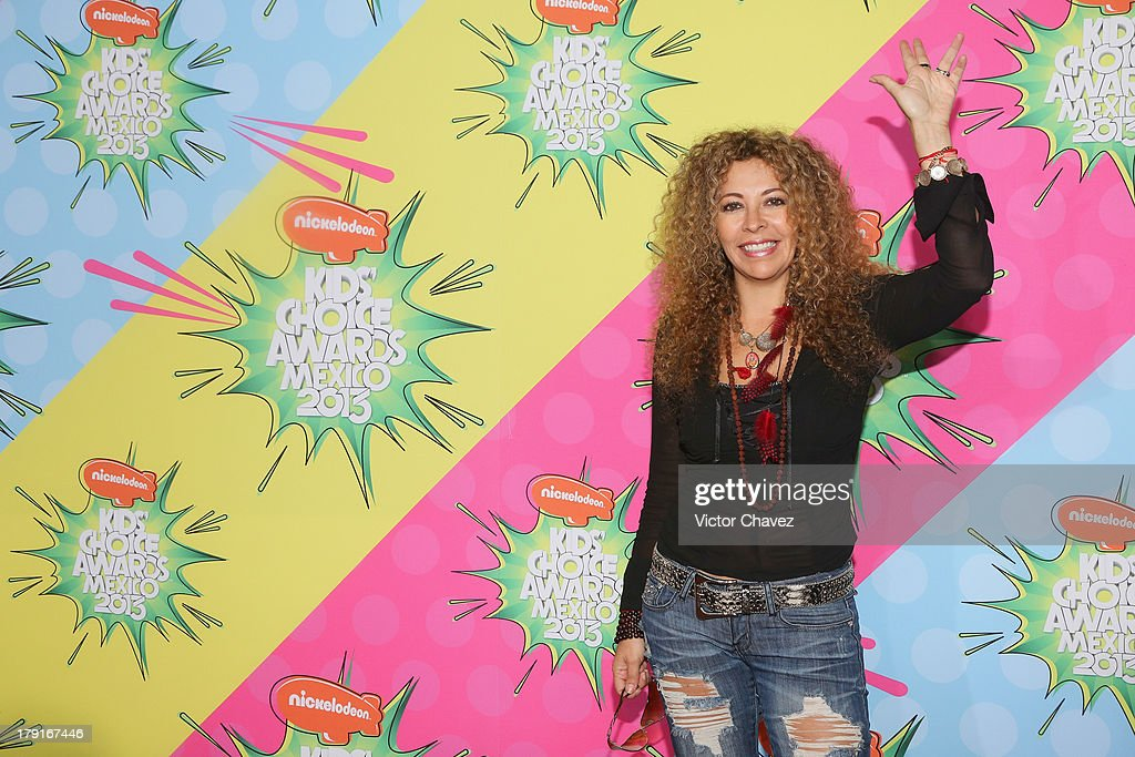 Patricia Loaiza arrives at Kids Choice Awards Mexico 2013 at Pepsi Center WTC on August 31, 2013 in Mexico City, Mexico.