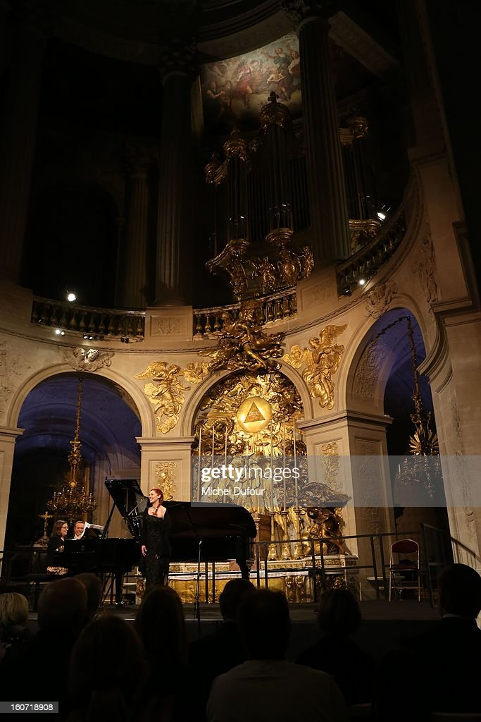 Patricia Petitbon performing while the David Khayat Association 'AVEC' Gala Dinner at Chateau de Versailles on February 4, 2013 in Versailles, France.