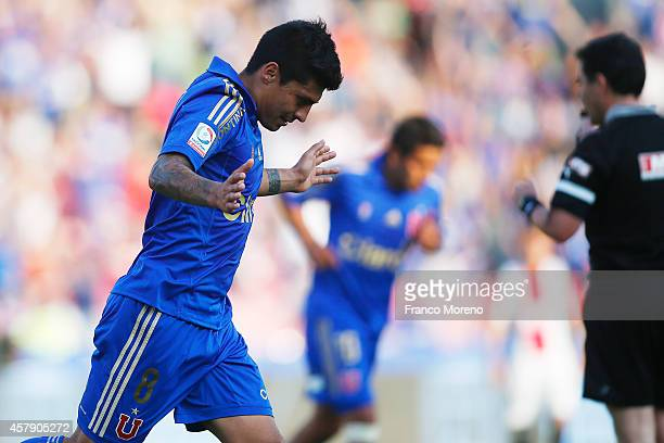 Patricio Rubio of Universidad de Chile celebrates after scoring the second goal of his team against Palestino during a match between U de Chile and...