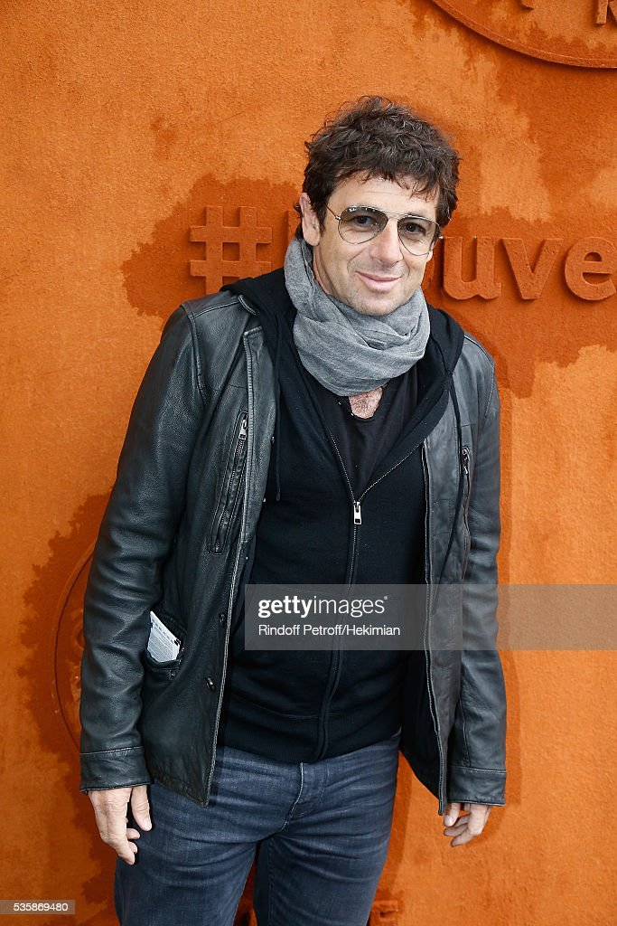 <a gi-track='captionPersonalityLinkClicked' href=/galleries/search?phrase=Patrick+Bruel&family=editorial&specificpeople=549816 ng-click='$event.stopPropagation()'>Patrick Bruel</a> attends the French Tennis Open Day Nine at Roland Garros on May 30, 2016 in Paris, France.
