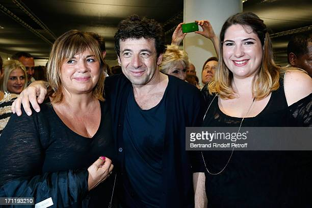 Patrick Bruel standing between Michele Bernier and her daughter Charlotte Gaccio backstage after Patrick Bruel's last concert in Paris held at Palais...
