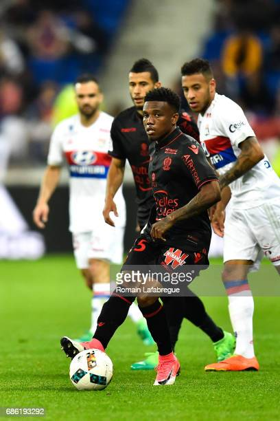 Patrick Burner of Nice Nabil Fekir of Lyon during the Ligue 1 match between Olympique Lyonnais and OGC Nice at Stade des Lumieres on May 20 2017 in...