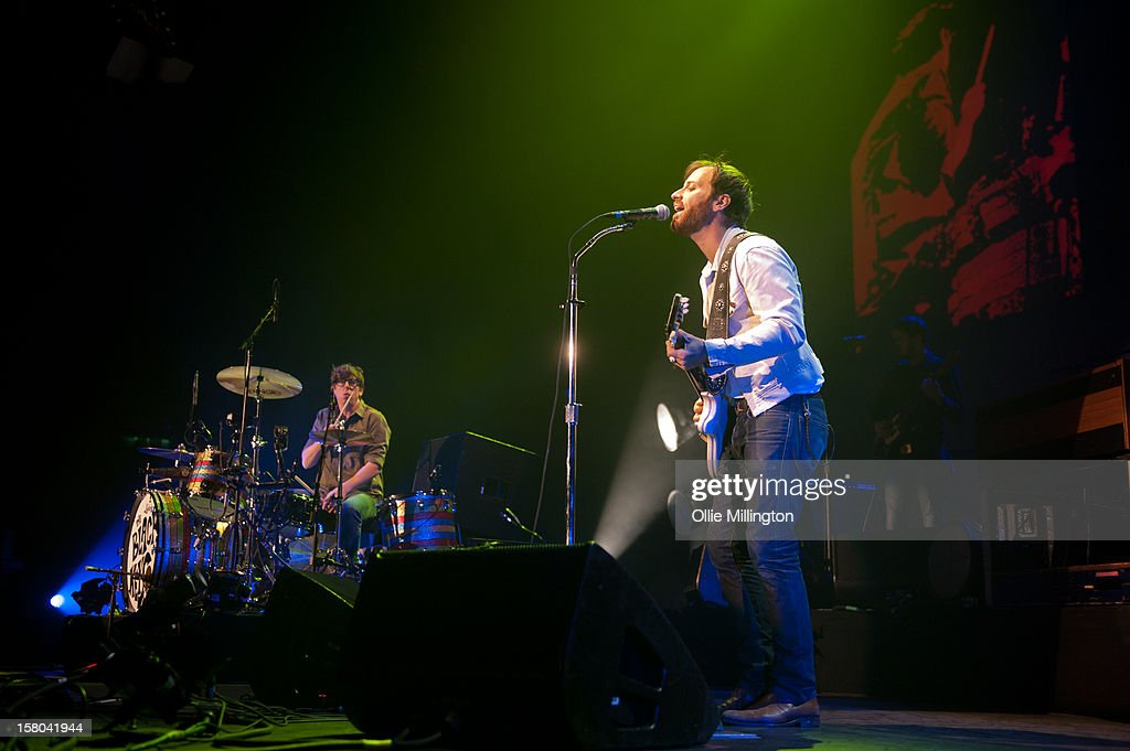 <a gi-track='captionPersonalityLinkClicked' href=/galleries/search?phrase=Patrick+Carney&family=editorial&specificpeople=2234034 ng-click='$event.stopPropagation()'>Patrick Carney</a> and <a gi-track='captionPersonalityLinkClicked' href=/galleries/search?phrase=Dan+Auerbach&family=editorial&specificpeople=2233949 ng-click='$event.stopPropagation()'>Dan Auerbach</a> of The Black Keys perform during the bands 2012 winter European Arena tour at NIA Arena on December 9, 2012 in Birmingham, England.