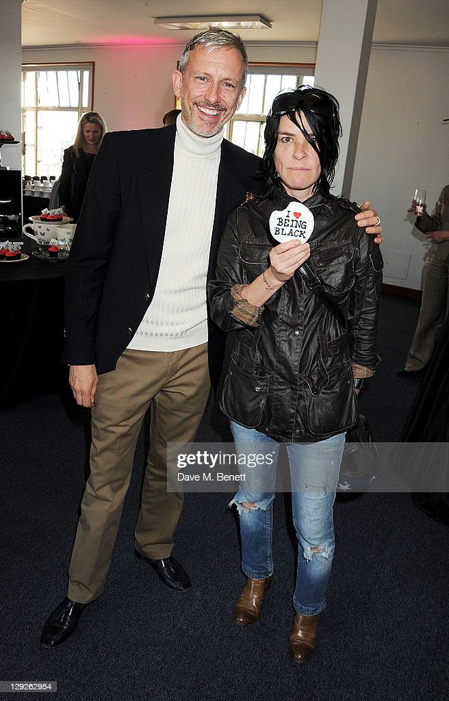 <a gi-track='captionPersonalityLinkClicked' href=/galleries/search?phrase=Patrick+Cox&family=editorial&specificpeople=213883 ng-click='$event.stopPropagation()'>Patrick Cox</a> (L) and Sue Webster attend the AMNESTEA Party hosted by <a gi-track='captionPersonalityLinkClicked' href=/galleries/search?phrase=Patrick+Cox&family=editorial&specificpeople=213883 ng-click='$event.stopPropagation()'>Patrick Cox</a> to celebrate Amnesty International's 50th Anniversary and launch 'Art Cakes & Cookies' at Royal Institute of British Architects on October 15, 2011 in London, England.