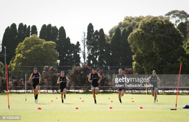 Patrick Cripps Marc Murphy Matthew Kreuzer Liam Jones and Dale Thomas of the Blues run during the Carlton Blues training session at Princes Park on...