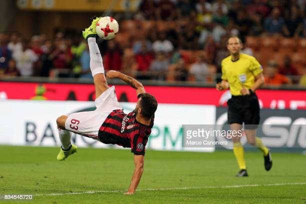 Patrick Cutrone of AC Milan attempts an overhead kick during the UEFA Europa League Qualifying PlayOffs round first leg match between AC Milan and KF...