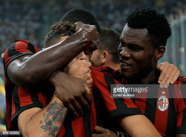 Patrick Cutrone of AC Milan celebrates his goal with his teammate Franck Kessie during the UEFA Europa League Third Qualifying Round Second Leg match...
