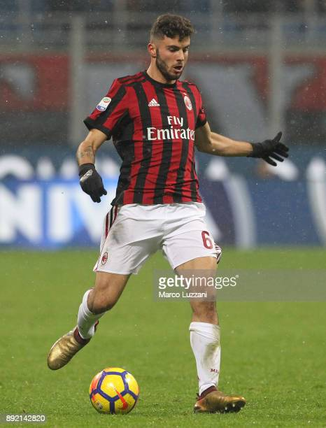 Patrick Cutrone of AC Milan in action during the Serie A match between AC Milan and Bologna FC at Stadio Giuseppe Meazza on December 10 2017 in Milan...