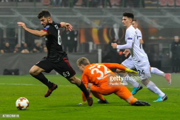 Patrick Cutrone of AC Milan in action for the fifth goal during uefa Europa League AC Milan vs FK Austria Wien at San Siro Stadium AC Milan wins 51...