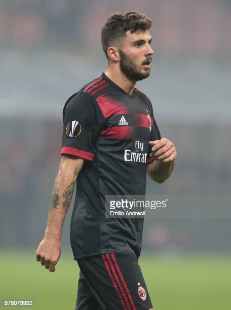 Patrick Cutrone of AC Milan looks on during the UEFA Europa League group D match between AC Milan and Austria Wien at Stadio Giuseppe Meazza on...