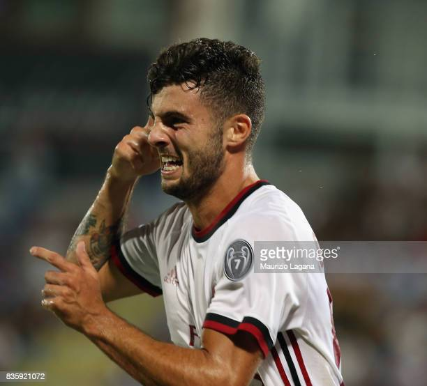 Patrick Cutrone of Milan celebrates after scoring his team's second goal during the Serie A match between FC Crotone and AC Milan on August 20 2017...
