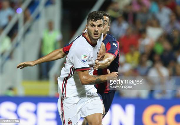 Patrick Cutrone of Milan in action during the Serie A match between FC Crotone and AC Milan on August 20 2017 in Crotone Italy