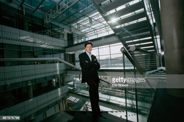THE JOURNLIST PATRICK DE CAROLIS Patrick de Carolis on the steps of France Television's new headquarters