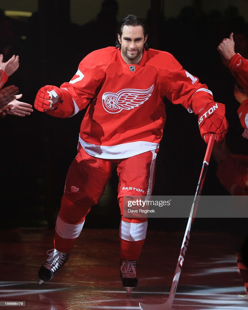 Patrick Eaves #17 of the Detroit Red Wings is introduced in pre-game ceramonies before an NHL game against the Dallas Stars at Joe Louis Arena on January 22, 2013 in Detroit, Michigan. Dallas won 2-1