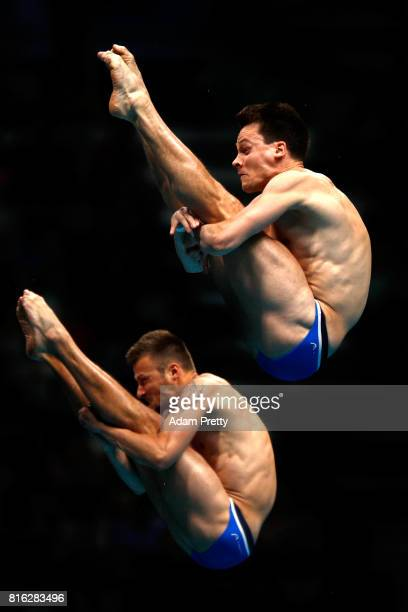 Patrick Hausding and Sascha Klein of Germany compete during the Men's Diving 10M Synchro Plaform final on day four of the Budapest 2017 FINA World...