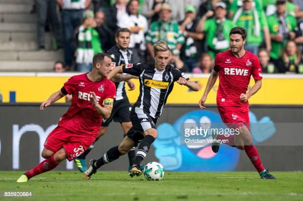 Patrick Herrmann of Borussia Moenchengladbach controls the ball during the Bundesliga match between Borussia Moenchengladbach and 1 FC Koeln at...
