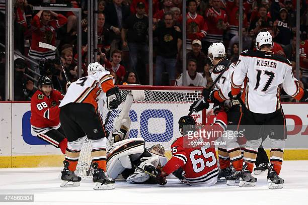Patrick Kane of the Chicago Blackhawks celebrates a third period goal against the Anaheim Ducks in Game Four of the Western Conference Finals during...