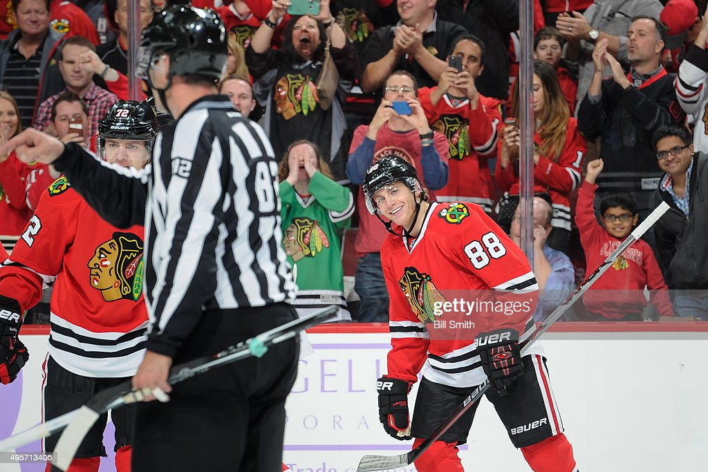 <a gi-track='captionPersonalityLinkClicked' href=/galleries/search?phrase=Patrick+Kane&family=editorial&specificpeople=1977261 ng-click='$event.stopPropagation()'>Patrick Kane</a> #88 of the Chicago Blackhawks smiles after scoring against the St. Louis Blues in the first period of the NHL game at the United Center on November 4, 2015 in Chicago, Illinois.