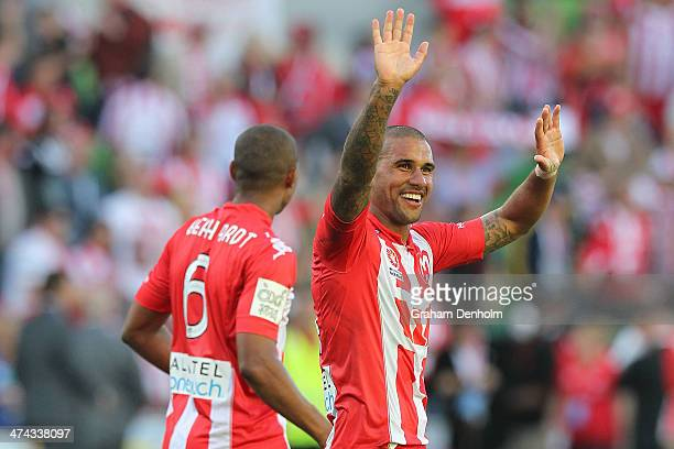 Patrick Kisnorbo of the Heart thanks the fans following victory in the round 20 ALeague match between Melbourne Heart and Brisbane Roar at AAMI Park...