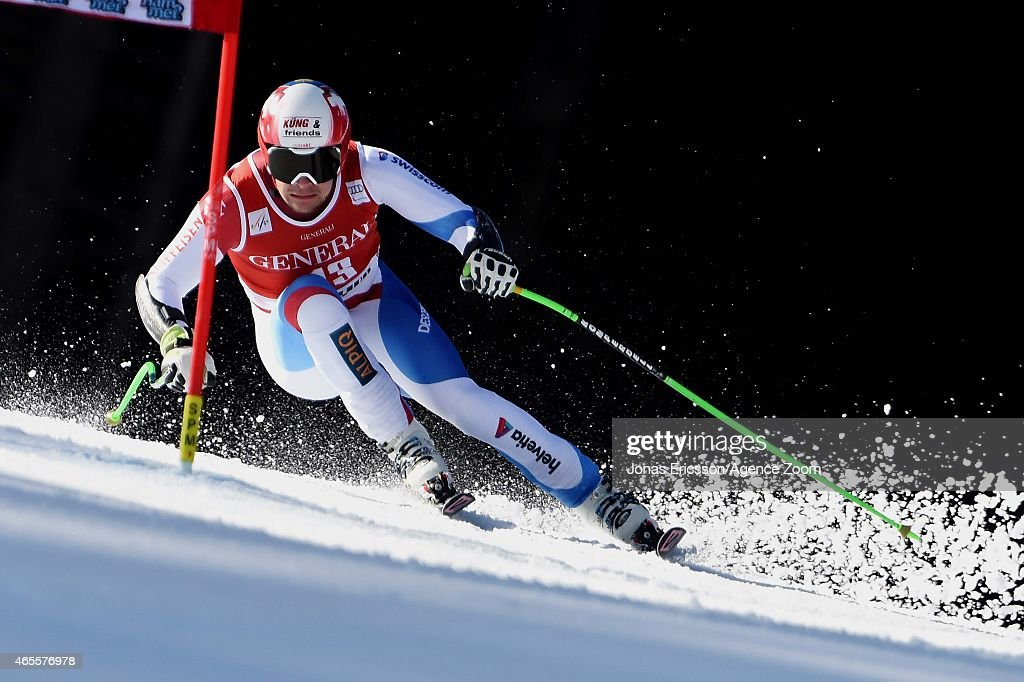 Patrick Kueng of Switzerland competes during the Audi FIS Alpine Ski World Cup Men's Super G on March 08, 2015 in Kvitfjell, Norway.