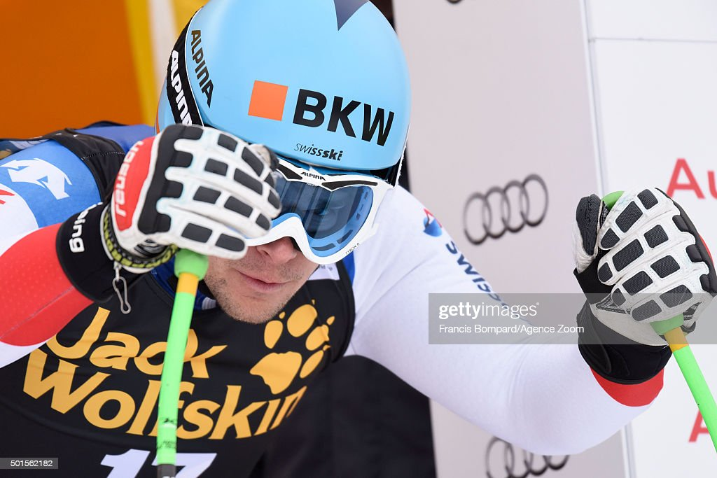 Patrick Kueng of Switzerland competes during the Audi FIS Alpine Ski World Cup Men's Downhill Training on December 16, 2015 in Val Gardena, Italy.