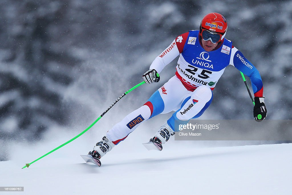 Patrick Kueng of Switzerland skis in the Men's Downhill during the Alpine FIS Ski World Championships on February 9, 2013 in Schladming, Austria.