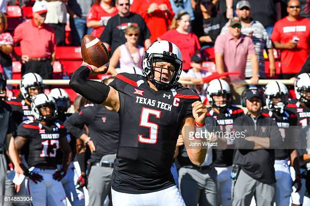 Patrick Mahomes II of the Texas Tech Red Raiders looks to pass during the first half of the game against the West Virginia Mountaineers on October 15...