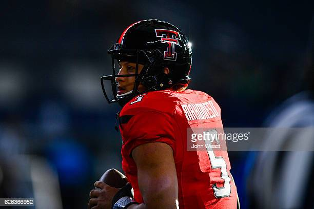 Patrick Mahomes II of the Texas Tech Red Raiders warming up before the game against the Baylor Bears on November 25 2016 at ATT Stadium in Arlington...